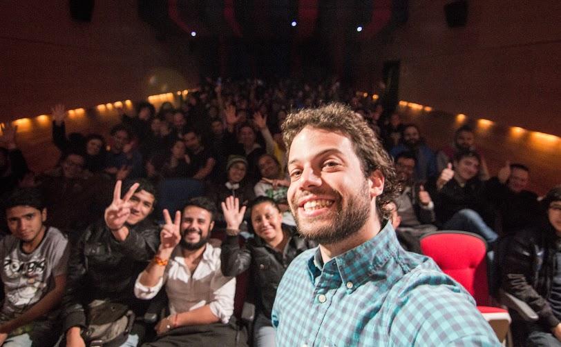 Resultado de imagen de selfie en el cine