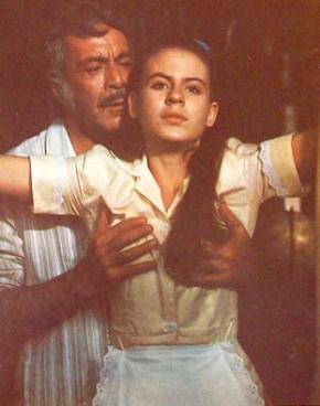 Joven mexicana le gusta que la vean en ropa interior - 4 2