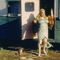 Pink Flamingos: una oda al horror y la inmundicia humana